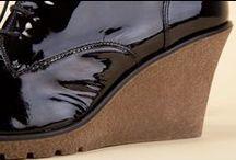 Wedge Ankle Boots 26295 Black - Stivaletti Zeppe 26295 Nero / Welcome to Pakerson official online shop of luxury handmade shoes: design, efficiency, and charm for excellence in Italian footwear. Free shipping in Europe. - Benvenuti nel negozio online ufficiale di scarpe artigianali Pakerson: design, efficienza e fascino per calzature Italiane d'eccellenza. Spedizioni gratis in Italia.