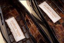 Patent Leather Pumps 49322 Black - Décolleté Vernice 49322 Nero / All the beauty and excellence of Italian crafting in the handmade Sacchetto-method manufacture of this women's shoe. Discover Pakerson pumps at the online shop. - Tutta la bellezza delle lavorazioni artigianali Italiane nella costruzione manuale di calzature  d'eccellenza. Scopri le décolleté Pakerson nello store online.