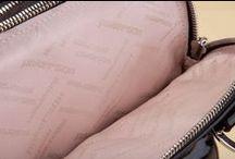 Black Patent Leather Bag BD2080 - Borsa Vernice Nera BD2080  / All the beauty of Italian hand-crafted creations for a must-have accessory. Discover the other captivating versions available in the Pakerson online store. - Tutta la bellezza delle creazioni artigianali italiane per un accessorio irrinunciabile. Scopri anche le altre affascinanti varianti nello store online Pakerson.