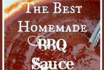 Sauces, dressings, butters & toppings / Erilaisia sooseja ja täytteitä.