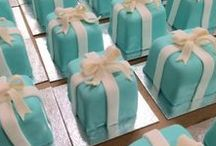 Cupcakes & Desserts / Want something handheld? We got them. From blue Tiffany boxes to pink Hello Kitty cookies, our cupcakes and small desserts are the perfect custom made solution for your wedding or special event.