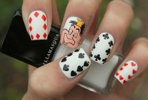 Nails Alice in wonderland