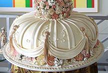 Amazing cakes  / by Rolita Fakih