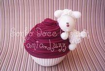 CAKES, COOKIES, CUPCAKES, POP-CAKES........ / by Diana García