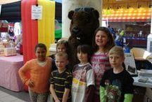Tons of Fun / The Roanoke Chapter of FRIENDS of the Blue Ridge Parkway joined in the Tons of Fun Event at Tanglewood Mall on Saturday, February 1st sponsored by Roanoke County Parks & Rec. Kids of all ages participated in games and demonstrations on wildlife and the environment. Grover Groundhog stopped in to say Hi!