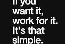 Motywacje / Pracujesz nad książką i brakuje Ci motywacji? Zobacz, co dla Ciebie przygotowaliśmy!