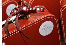 Las Vegas Wedding Favors / Inspiration for Las Vegas wedding favors. Nevada is never boring with the strip, casinos and poker chips. Take a look.