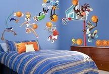 Looney Tunes / Things can get looney with these tunes!