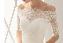 Wedding gowns / by Chic Soirées