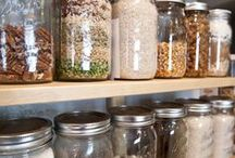 Mason Jar Meals / Glass jars make great storage for meals on the go!
