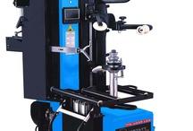 Reifenmontagmaschinen / Die neuste Generation von Montagemaschinen - einfaches, wirtschaftliches und hebelloses Montieren mit der U-239 LCD - http://www.werkstattportal24.de/index.php?cat=c39_PKW-Montagegeraete-PKW-Montagegeraete.html