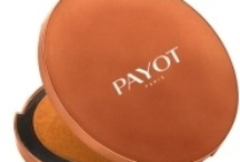 cosmetici payot /  Il marchio Dal 1913 ad oggi, scopri la storia dei Laboratoires Payot, tra eredità e ricerca d'avanguardia.I laboratori PAYOT conservano l'eredità all'avanguardia di Nadia Payot, proponendo alcune formule culto: Pâte grise, Spéciale 5, Crème N°2…  Le innovazioni attuali dei Laboratori PAYOT hanno permesso la creazione di cosmetici di elevata quantità, integrando le ultime tecnologie.
