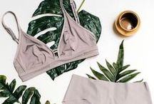 Flat Lay Fashion / The best flat lay outfits and fashion inspo