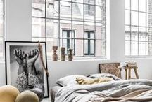THE LOFT EDIT / I don't know what it is about large windows and high ceilings in this urban setting that makes me all fuzzy inside. I love the open and bright feeling of these spaces, I just had to share them for you to decide for yourself.