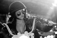 Girls velocity / Girls on Motorcycles