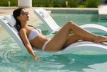 In water, In Style / Outfit ideas for pool style!