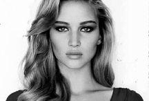 I love Jennifer Lawrence  / JLaw