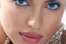 Irina Shayk / Irina Valeryevna Shaykhlislamova 6 January 1986  Yemanzhelinsk, Chelyabinsk Oblast, Russian SFSR, Soviet Union -- Modell -- Website: http://www.irinashaykofficial.com/ -- Social Network: https://www.facebook.com/IrinaShayk -- https://twitter.com/theirishayk -- https://www.instagram.com/irinashayk/