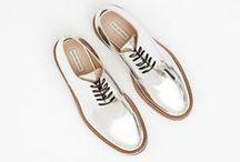 shoes / boots • flats • sandals