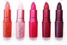Liebe MAKE UP ♥ / Fards, blush, poudres, teint, rouges à lèvres, crayons, liner, produits de beauté, soins et autres joyeusetés pour notre minois !