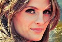 Stana Katic / Stana Katic; 26 April 1978 Hamilton, Ontario, Canada; Actress; Website: stanakatic.com; Social Network: https://www.facebook.com/stanakaticfanpage; https://www.instagram.com/drstanakatic/; https://twitter.com/Stana_Katic; https://www.youtube.com/user/Officialstanakatic; https://hu.pinterest.com/drstanakatic/