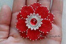 Цветы из бисера /flowers beads / by Marina