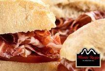 Bocatas Monte Regio / ¿Es cierto que el pan con jamón es siempre una mezcla irresistible? Descubre la respuesta por ti mismo y abre tu paladar a las más exquisitas sensaciones. www.monteregio.com