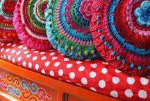 Haken or crochet