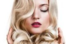 Dry de Luxe Hair Style Menu / Dry de Luxe | blow dry bar | hair and makeup | salon in Miami, FL