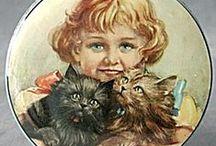 Antique Vintage Tins / by Suzanne Brosseau