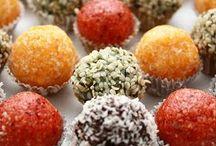 Raw veGan sweet treats / www.etsy.com/shop/Healingsalve