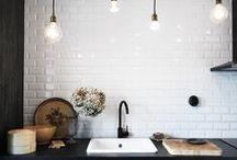 Kitchens / Alcune cucine che potete trovare nel nostro punto vendita e altre che ci piacerebbe realizzare.