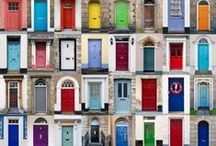 Door Decor & Tips / Give your front door a makeover - door decor ideas that are perfect for spring