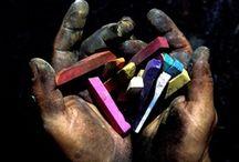 Les mains essentielles - essentiels hands / « Ce n'est pas parce qu'il a des mains que l'Homme est le plus intelligent des êtres, mais parce qu'il est le plus intelligent des êtres qu'il a des mains. » Aristote