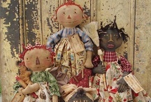 A Love of Prim Style Dolls