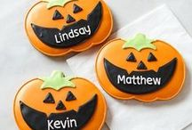 Halloween Tricks & Treats / Get ready for a stylish Halloween with tips, fun DIY projects, and spooky treats! Visit http://stagetecture.com/?s=autumn & http://stagetecture.com/?s=halloween for inspiration.  Contact us http://ow.ly/DG6zc for a join request. We'd love to share your Halloween pins! PLEASE ONLY PIN 5 PINS AT A TIME :) / by Ronique Gibson {Stagetecture}