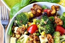 Healthy Eating / Looking for a way to cut calories, gain nutrition, but not sacrifice the taste? These healthy eating recipes are for you! Visit Stagetecture for more:  http://stagetecture.com/category/inspiration/food-recipes/healthy-eating-food-recipes/