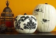 Halloween / by Monica Bourne