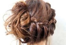 Pretty Hair / by Samantha Rouse