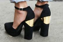 Accesories: Shoes