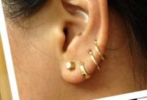 Accesories: Earrings