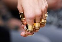 Accesories: Rings