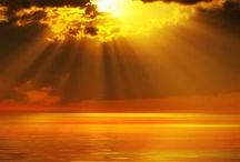 Fény / Napfény, fénysugár, ólomüveg, ....