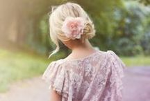 Elbűvölő / bájos, romantikus, misztikus...