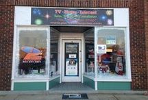 Christmas Window Display Contest / Our local business Christmas Window Display Contest