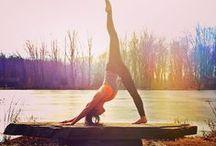 Just relax ! / Ce n'est pas un secret, la zen attitude, ça vous va à merveille ! Alors on enfile sa bonne humeur et on se laisse tenter par un petit exercice de Yoga ;)