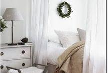 Chambres (déco) / Des idées de chambres, qui utilisent l'espace à son maximum pour créer une atmosphère douce et confortable.