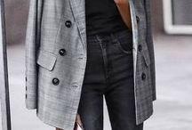 FALL TRENDS to Copy | September Issue | Liebe was ist | FASHION ADVICE / Jedes Jahr im August füllen sich Modemagazine mit haufenweise Extraseiten rund um die Trends der kommenden Monate! Hier findet ihr alle Modetrends für die Herbst-/Wintersaison 2017/2018!