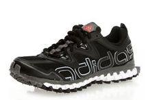 Alışveriş Önerileri / Yeni yılın spor trendleri, birbirinden şık koşu ayakkabıları ve fitness ürünleri