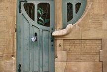 Dörrar / Dörrar, portar och grindar.